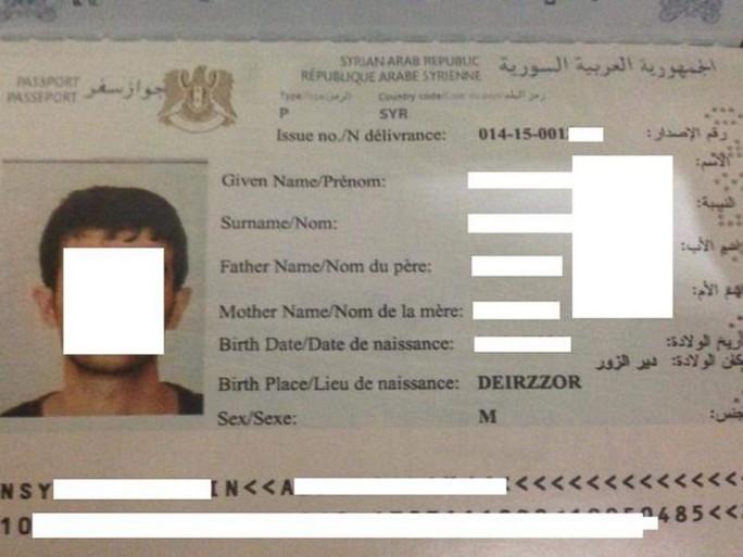 Một hộ chiếu giả được làm tại khu vực IS kiểm soát bị thu giữ ở Istanbul năm 2015. Ảnh: Homeland Security Investigations Intelligence Report.