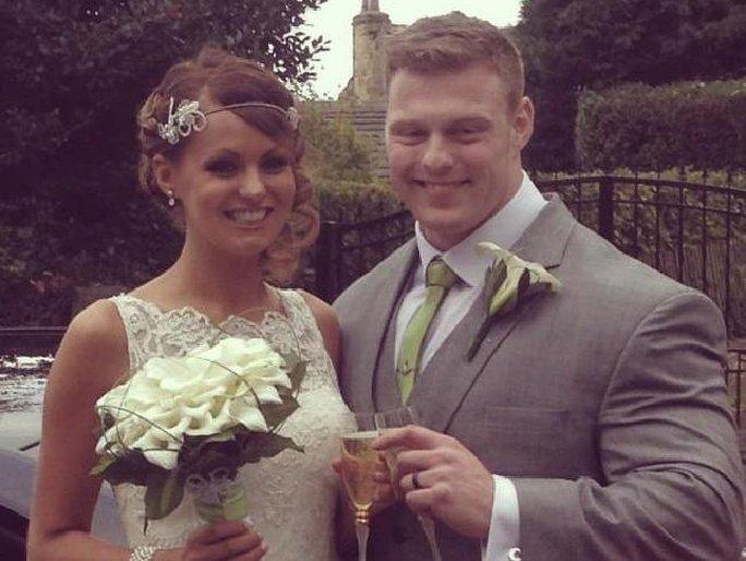 Cô Lucy Crossley nhìn hoàn toàn khỏe mạnh khi làm đám cưới. Ảnh: News.com.au