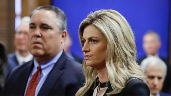 Cô Erin Andrews, nữ phát thanh viên thể thao của đài Fox. Ảnh: ABC7