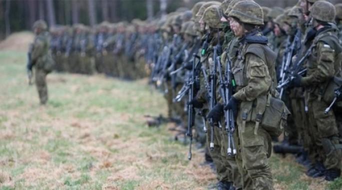 Cuộc tập trận tổ chức gần biên giới với Nga. Ảnh: PRESIDENT.EE