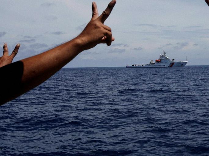 Tàu Trung Quốc ở biển Đông Ảnh: AP