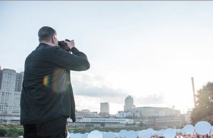 Nhiếp ảnh gia người Mỹ Spencer Tunick Ảnh: TRANG WEB SPENCER TUNICK