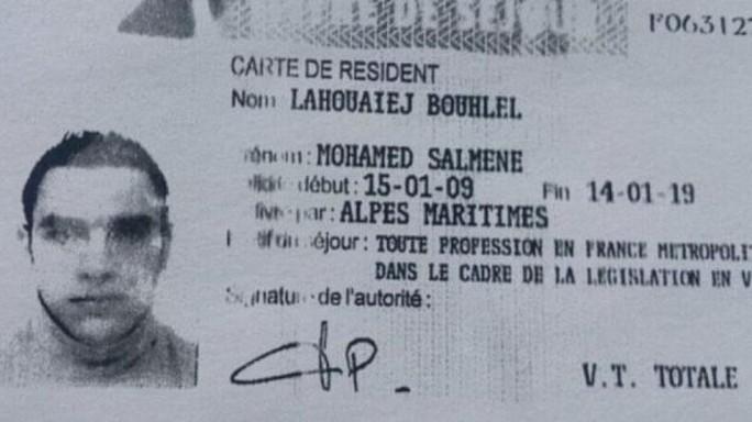 Giấy tờ của Mohamed Lahouaiej-Bouhlel do cảnh sát Pháp công bố. Ảnh: TWITTER