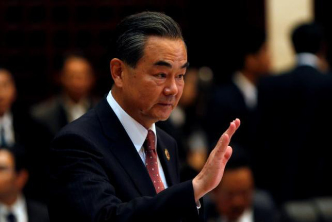 Ngoại trưởng Trung Quốc Vương Nghị tại một cuộc bên lề Hội nghị Bộ trưởng Ngoại giao ASEAN Ảnh: REUTERS