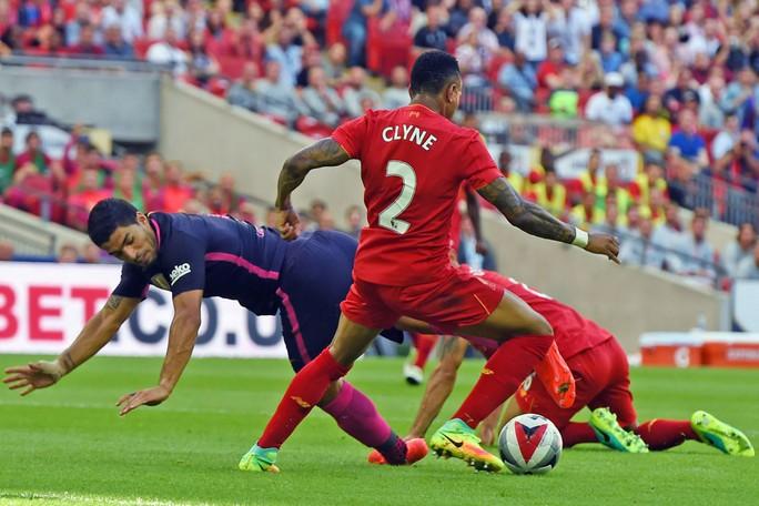Barcelona có đầy đủ Messi và Suarez đã thua sốc Liverpool