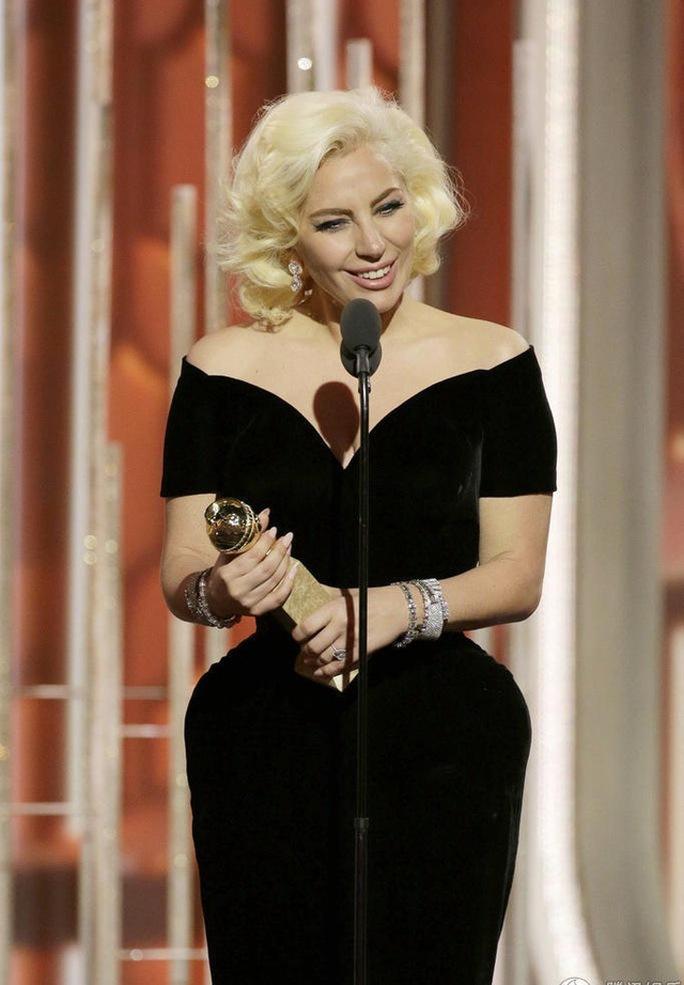 Lady Gaga nhận giải Quả cầu vàng 2015 Ảnh: GOLDEN GLOBE