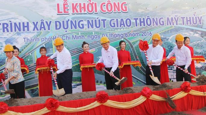 Lãnh đạo TP, Sở GTVT làm lễ khởi công dự án