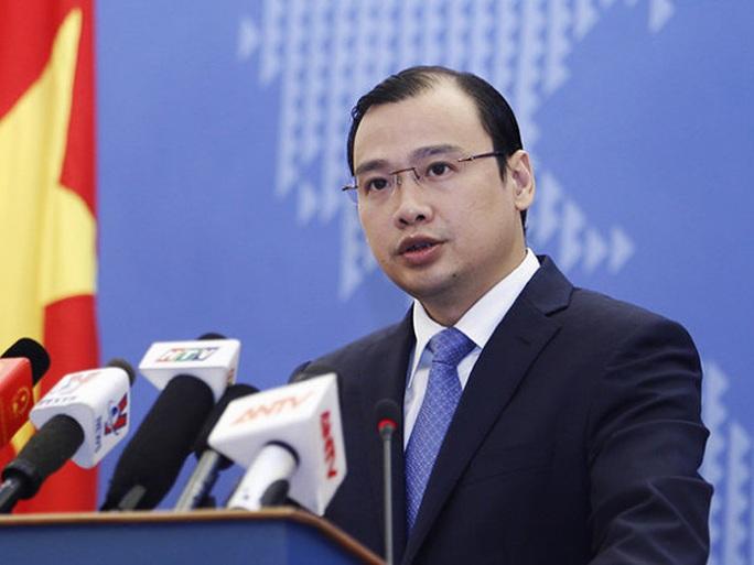 Người phát ngôn Bộ Ngoại giao Việt Nam phản ứng trước các hành động leo thang căng thẳng của Trung Quốc, đưa máy bay chiến đấu và tên lửa ra Hoàng Sa