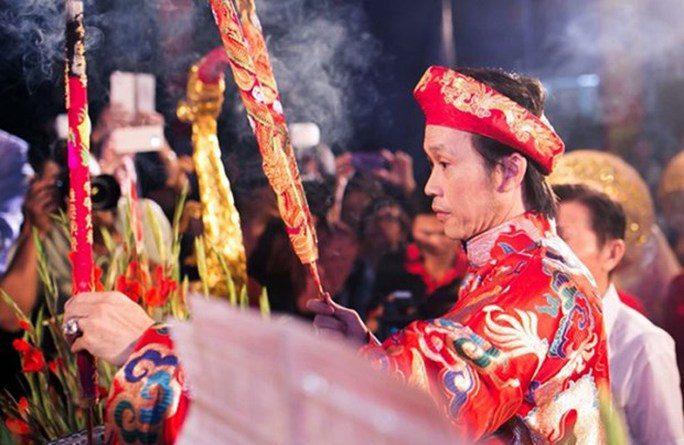NS Hoài Linh trong lễ Truyền thống Sân khấu