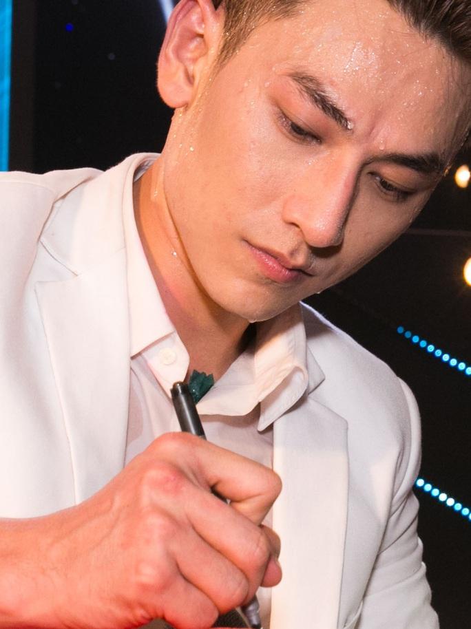 Isaac được tin tưởng sẽ thành công ở nghiệp solo