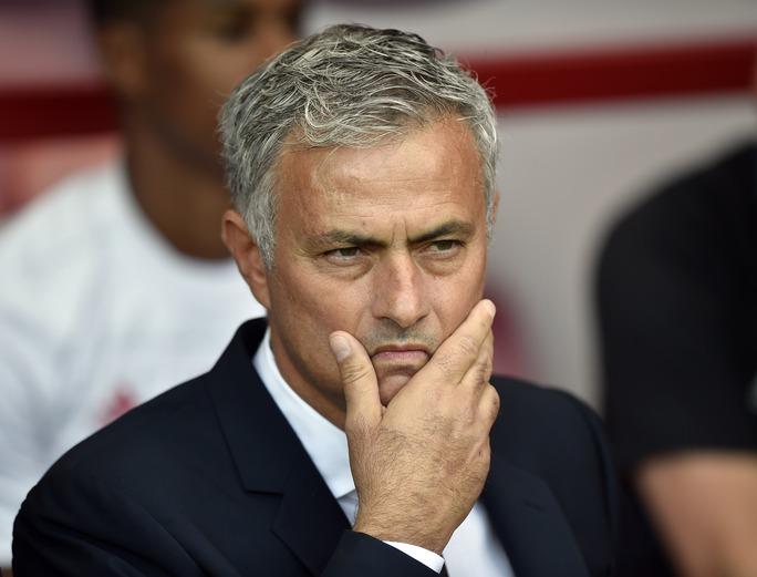 HLV Mourinho tin rằng M.U sẽ còn mạnh hơn nữa khi có Pogba ra sân