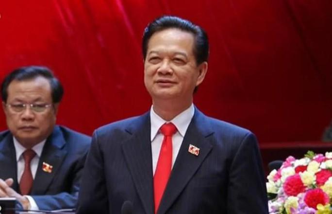 Ủy viên Bộ Chính trị khóa XI, Thủ tướng Nguyễn Tấn Dũng điều hành phiên khai mạc - Ảnh chụp qua màn hình
