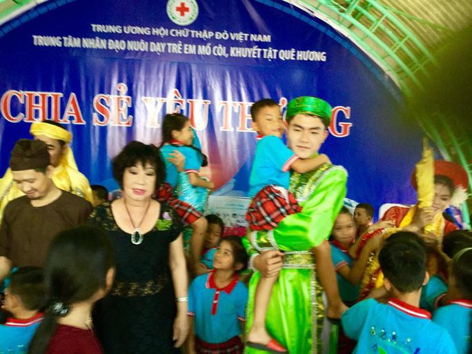 NS Mỹ Chi và nhiều diễn viên đã đăng ký tham gia chương trình Chia sẻ yêu thương cùng NS Khánh Tuấn