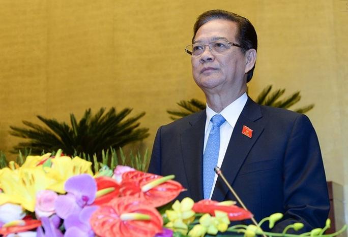 Thủ tướng Nguyễn Tấn Dũng trình bày báo cáo công tác nhiệm kỳ khóa XIII của Quốc hội vào sáng 22-3