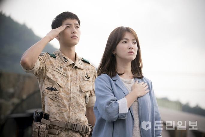 """HTV2 mua bản quyền phát sóng phim """"Hậu duệ mặt trời"""""""
