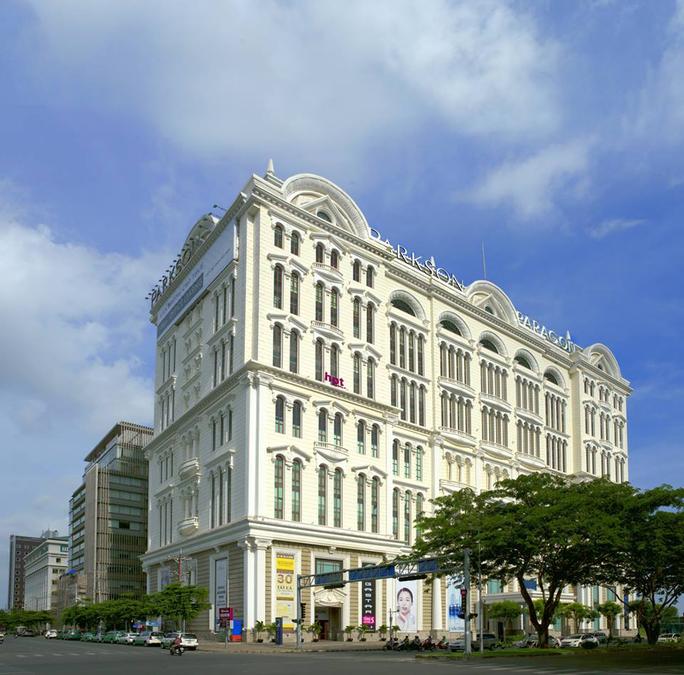 Trung tâm thương mại Parkson Paragon