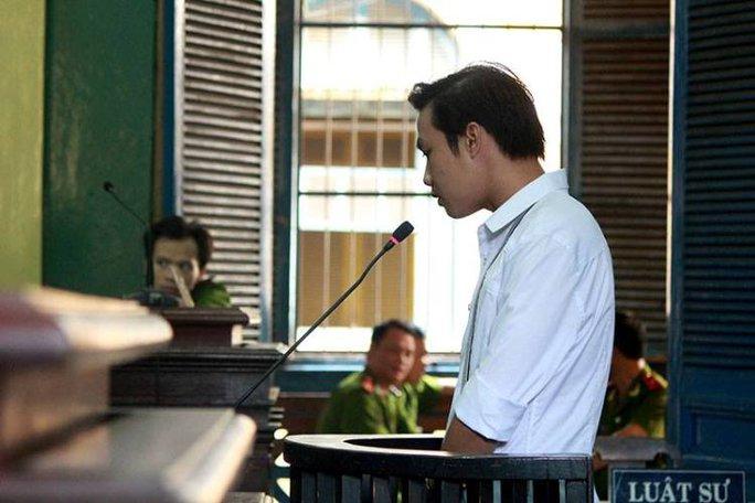 Phạm Sỹ Hoài Như tại phiên tòa sơ thẩm tháng 12-2015
