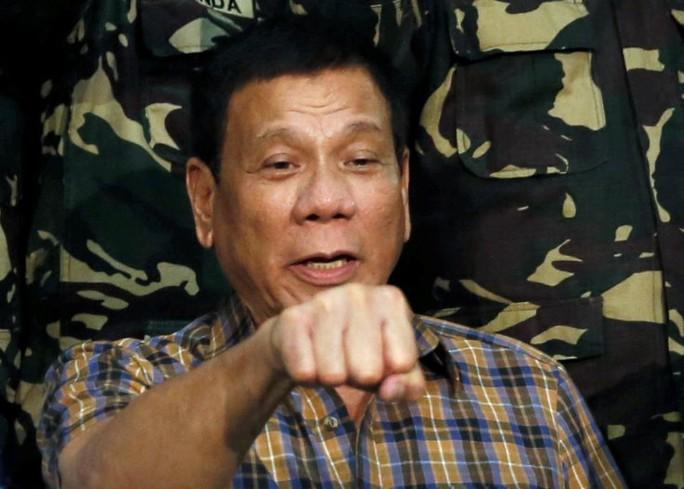 Đêm 24-8, Tổng thống Duterte buột miệng tiết lộ Philippines trả 1 triệu USD tiền chuộc con tin người Na Uy cho nhóm Abu Sayyaf. Ảnh: Reuters
