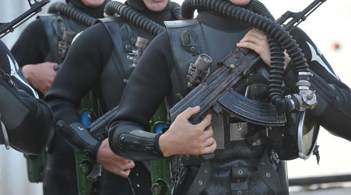 Diễn tập tại Biển Đen là một phần trong chuỗi các cuộc tập trận hải quân Kavkaz 2016 đã được Bộ Quốc phòng Nga lên kế hoạch từ trước. Ảnh: SPUTNIK