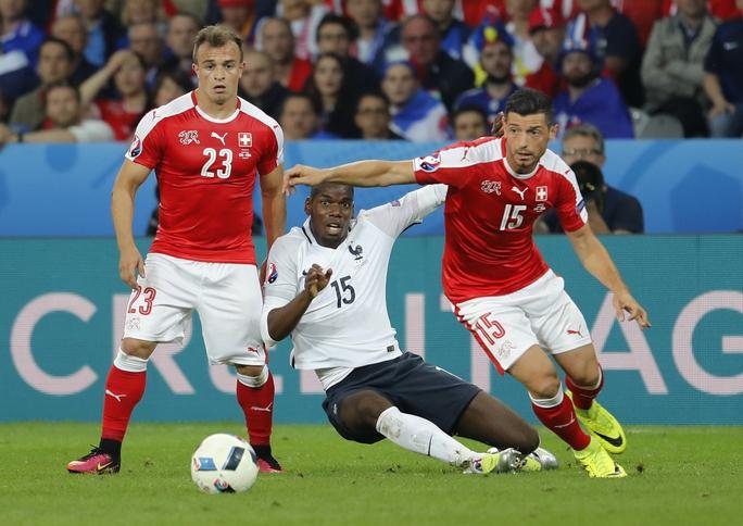 Lối chơi nặng tính trình diễn của Paul Pogba không thể giúp Pháp đánh bại được Thụy Sỹ