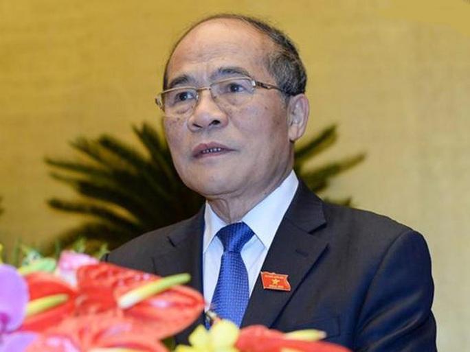 Ông Nguyễn Sinh Hùng cho biết sẽ tiếp tục đảm nhiệm chức vụ của mình cho tới khi có Chủ tịch QH mới