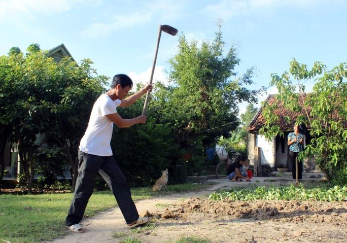 """Nhiều hộ dân ở thôn Tân Tiến (xã Quảng Châu) trong dự án di giãn dân cư tố cán bộ xã """"bớt xén"""" tiền hỗ trợ"""