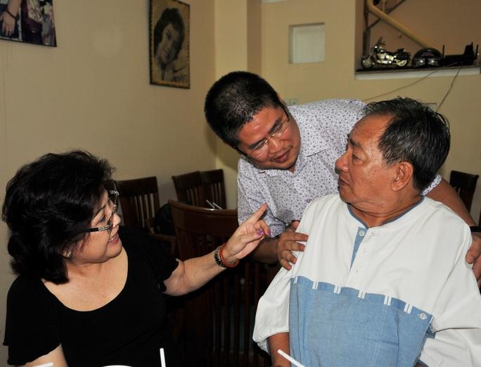 Ông bầu Phước Sang sau khi hồi phục bệnhđã đếndự lễ giỗ của cố NS Kim Ngọc