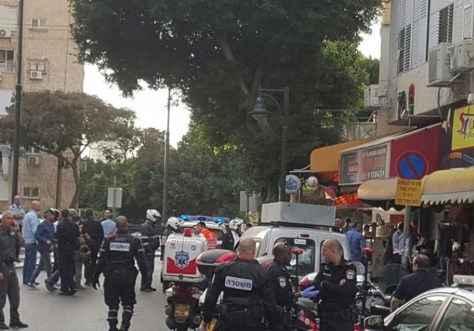 Hiện trường vụ tấn công ở Petah Tikva. Ảnh: JPost