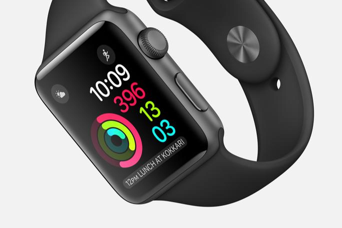 "Apple Watch Series 2 ""lặn"" sâu đến 50 m"