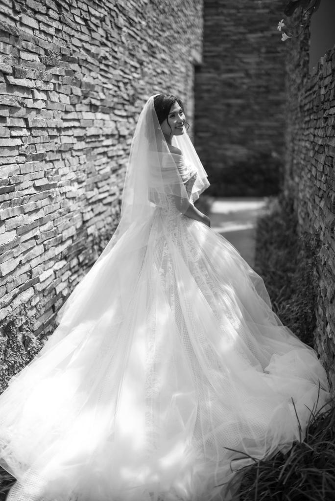 Cô dâu Thúy Diễm. Stylist Nguyễn Thiện Khiêm, nhiếp ảnh Louis Wu