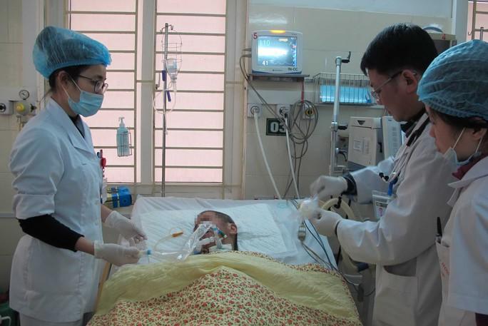 Có bảo hiểm trách nhiệm nghề nghiệp sẽ giảm phần nào áp lực cho nhân viên y tế