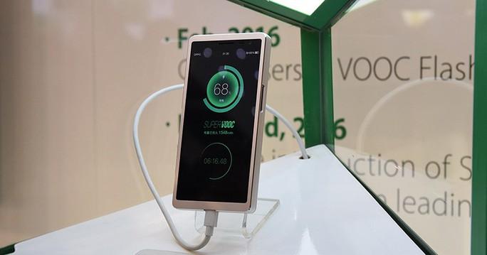 Oppo: Sạc đầy pin trong 15 phút, cảm biến ảnh chống rung