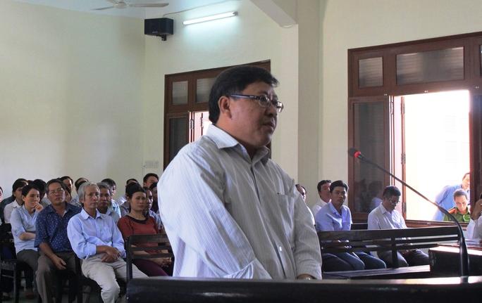 Ông Nguyễn Tài, nguyên Chủ tịch UBND huyện Đông Hòa cố ý làm trái gây thiệt hại lớn tiền nhà nước