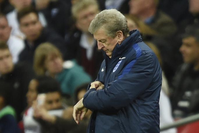 HLV Hodgson còn nhiều điều phải làm, nhất là ở hàng công