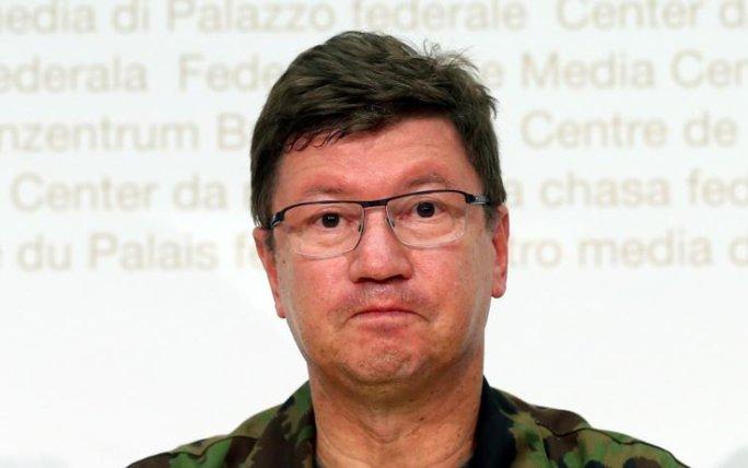 Tư lệnh Không quân Thụy Sĩ Aldo Schellenberg sốc nặng khi nghe tin về vụ việc. Ảnh: Reuters