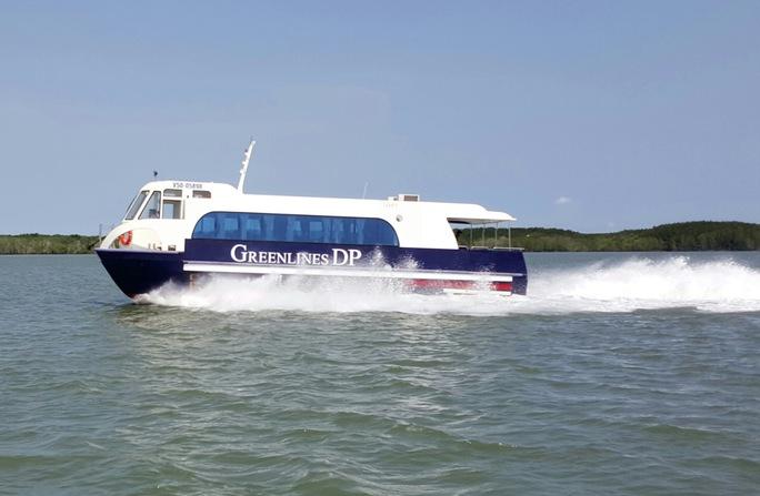 Tàu Greenlines 2 thân