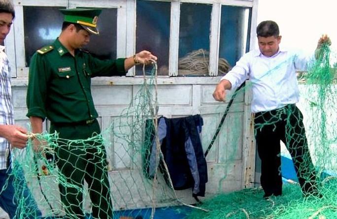 Lưới của tàu cá ông Thanh bị đứt