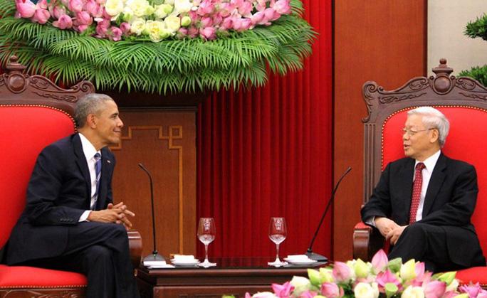 Tổng thống Obama đến chào Tổng Bí thư Nguyễn Phú Trọng - Ảnh: VOV