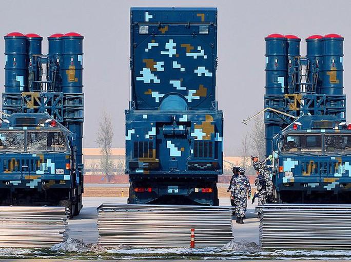 Tổ hợp tên lửa phòng không HQ-9 của Trung Quốc - Ảnh: AUS Airpower