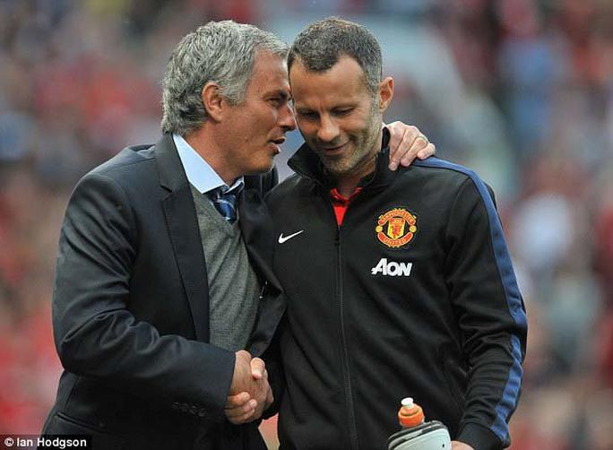 Chưa rõ trợ lý HLV R.Giggs có ở lại để hỗ trợ cho ông Mourinho. Ảnh: Daily Mail
