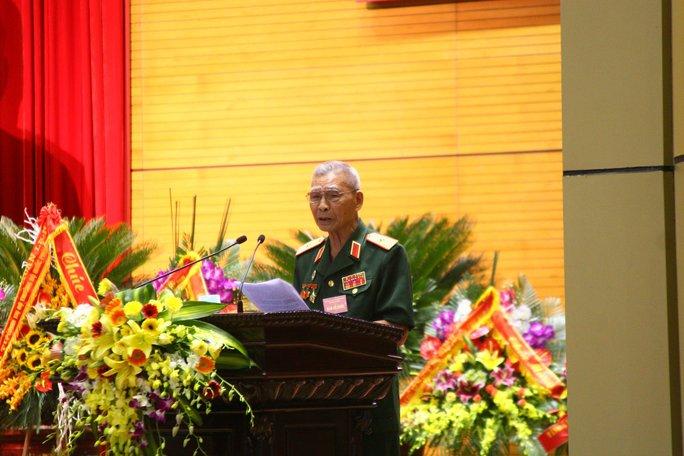 Thiếu tướng Nguyễn Đức Huy phát biểu tại buổi gặp mặt