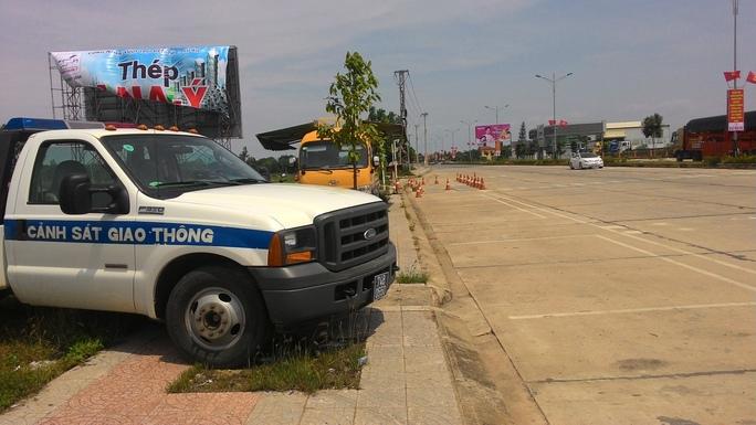 Trạm kiểm tra tải trọng xe ở tỉnh Quảng Trị vắng bóng lực lượng chức năng