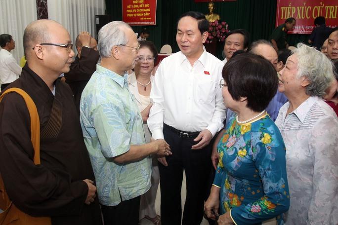 Chủ tịch nước Trần Đại Quang với các cử tri TP HCMẢnh: Hoàng Triều