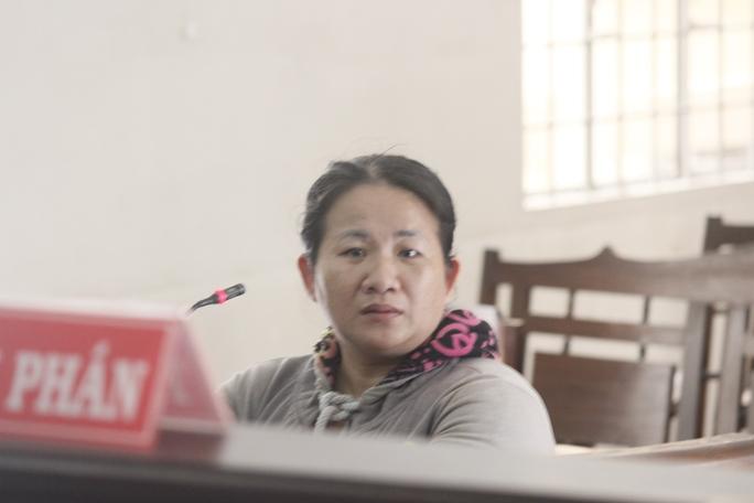 Bị cáo Trương Thị Thúy Ái tại tòa