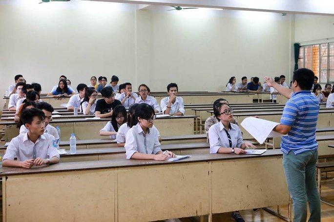 Thí sinh dự thi tại cụm thi do Trường ĐH Bách khoa Hà Nội chủ trì