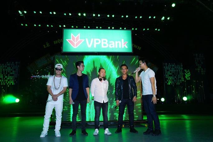 """""""VP Bank countdown"""": Nơi âm nhạc điện tử tôn vinh nhạc truyền thống"""