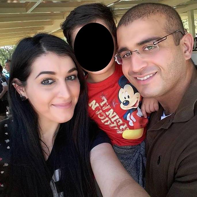 Gia đình hung thủ Omar Mateen Ảnh: NY DAILY NEWS