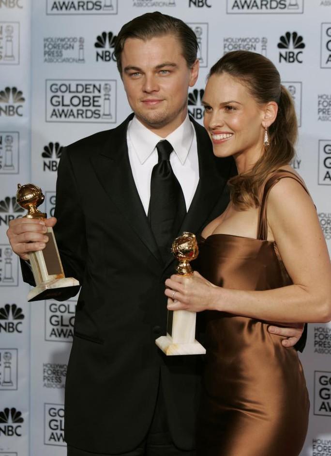 Leonardo và Hilary Swank
