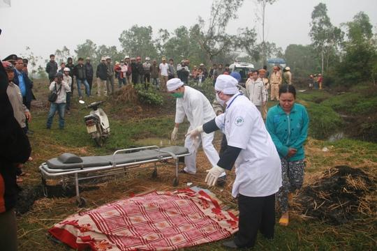 Thi thể nạn nhân cuối cùng được vớt lên lúc 8 giờ 30 sáng 27-12