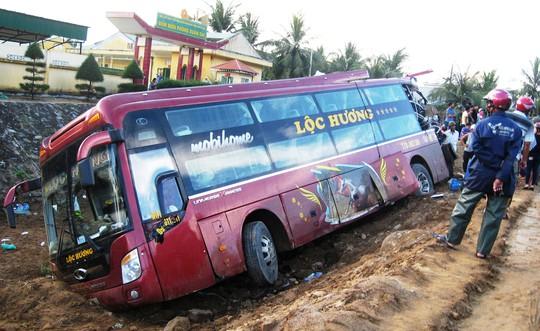 CSGT tỉnh Phú Yên đang xác định nguyên nhân gây tai nạn
